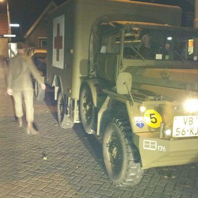 De eigen wagens van de oudere jongeren worden ingezet
